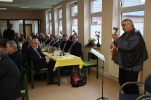 Ein Highlight der Veranstaltung war der Auftritt von Entertainer Gerd Sell mit seinen humorigen Liedern.